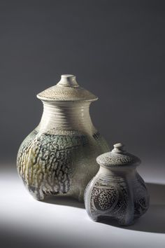 """Mandy Parslow     Lidded Jars (2007). """"ieces are salt fired in a wood fuelled kiln over 24 hours to 1300 degrees centigrade. The decorative and firing techniques used aim to retain the vitality of the freshly made vessels and to give the surfaces subtlety and depth""""."""