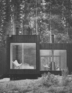 cabin  Rigtigt fint udtryk, kan godt li' den simple trækonstruktion med de store vinduesåbninger. God effekt med brændeovnen som går igennem taget!