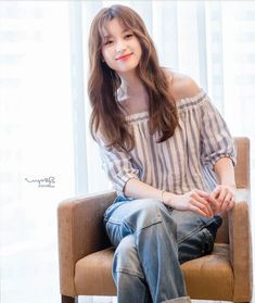 2019 Casual Fashion Trends For Women - Fashion Trends Korean Actresses, Korean Actors, Asian Actors, Korean Beauty, Asian Beauty, Bh Entertainment, Casual Fashion Trends, Selfies, Korean Celebrities