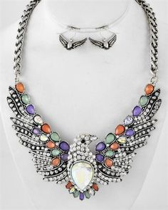 This website always has the most amazing jewelry I've ever seen! CRYSTAL BIRD NECKLACE SET