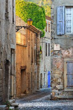 allthingseurope:  Lagrasse, France (by Gary Maunder - Devon)