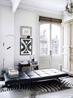Pictures by Kristian Septimius Krogh, via bobedre.dk How gorgeous is this dreamy black and white apartment belonging to Rupert Peter Landendinger? Definitely wouldn't mind the Poul Kjærholm daybed in the first picture! For more interior design. Interior Exterior, Interior Architecture, White Apartment, Danish Apartment, Parisian Apartment, Black And White Interior, Black White, White Art, White Zebra