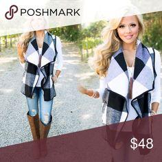 ❤️JUST ARRIVED❤️Black & White Plaid Vest❤️ ❤️Black & White Plaid Vest❤ Jackets & Coats Vests