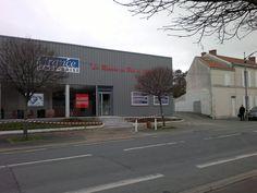 Réparation d'impact, remplacement de pare brise cassé fissuré - France Pare Brise à La Rochelle (17000) - Informations du centre