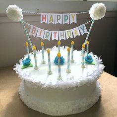 Gâteau anniversaire en carton miminesenfolie- sabrina- (1) Miami, Birthday Cake, Diy, Desserts, Food, Birthday Display, Gifts, Tailgate Desserts, Birthday Cakes