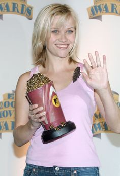 Reese Witherspoon Style Evolution. Very beautiful picture for Reese Witherspoon.