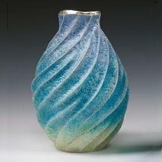 Aqua-Poesy V - Mini E | Hiroshi Suzuki, 2012 | Hammer-raised and chased, enamelled Fine silver 999