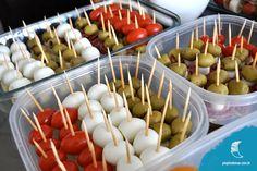 Confira palitinhos super simples de fazer, opções com legumes e frutas. Ótima sugestão para petiscos e festas! As crianças adoram :)