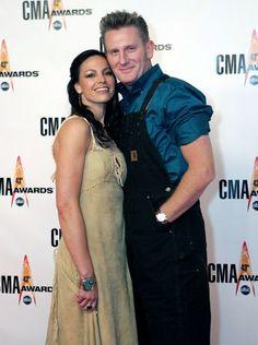 Joey Feek of country music duo Joey + Rory has died