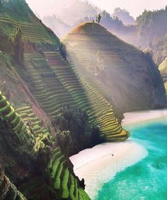 """Paradise Global's Instagram profile post: """"Tag someone you'd take to Vietnam 👇🇻🇳 - 👇❤Tag someone who would love this place❤👇 Share this on your story if you love this location❤ -…"""" Visit Vietnam, Vietnam Travel, Africa Travel, Beach Adventure, Adventure Travel, Life Adventure, Nature Adventure, Beach Trip, Vacation Trips"""