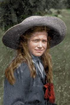 Colourised photo of Grand Duchess Maria Nicholaievna 1911
