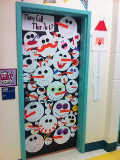 Apex Elementary Art: December 2011 Great ideas for classroom door decorations. Diy Christmas Door Decorations, School Door Decorations, Christmas Door Decorating Contest, Winter Decorations, Arte Elemental, Classe D'art, School Doors, Theme Noel, Door Bulletin Boards