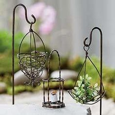 Mini Hanging Wire Basket Set Garden Miniature Accessories