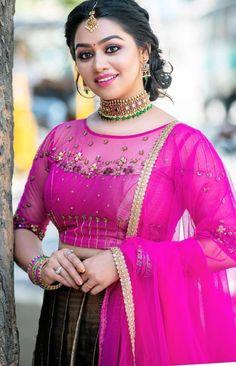 Beautiful Heroine, Very Beautiful Woman, Beautiful Blonde Girl, Beautiful Girl Indian, Beautiful Girl Image, Beautiful Actresses, Beautiful Roses, Cute Beauty, Beauty Full Girl
