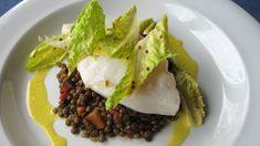 cod poached in olive oil Fish And Seafood, Cod, Food To Make, Delish, Dinner Recipes, Beef, Ethnic Recipes, Main Courses, Olive Oil