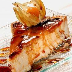 Pudin navideño de manzanas Flan, Apple Recipes, Sweet Recipes, Mexican Food Recipes, Dessert Recipes, Xmas Food, My Dessert, Easy Dinner Recipes, Mousse