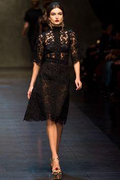 Dolce & Gabbana Fall 2013 Ready-to-Wear Fashion Show - Andreea Diaconu