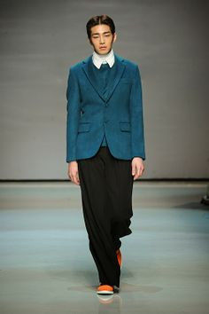 Male Fashion Trends: Caruso Autumn/Winter 2014 | Seoul Fashion Week  #GAY #video #chat #live   VISIT ➨ http://www.supergaybros.com/  Facebook.com/supergaybros ❤ Twitter.com/supergaybros ❤ Plus.Google.com/supergaybros ❤