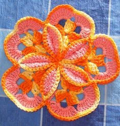 Sunburst Hotpad: free crochet pattern
