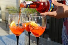 Sara – Oppskrift: Aperol spritz Nom Nom, Alcoholic Drinks, Food And Drink, Wine, Kos, Punch, Restaurants, Restaurant, Alcoholic Beverages