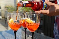 Sara - Karlengen Nom Nom, Alcoholic Drinks, Food And Drink, Wine, Kos, Punch, Restaurants, Diners, Alcoholic Beverages