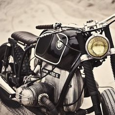 Let me Introduce The Unique Johnny Cash By Zadig Motorcycles Super Vintage BMW…