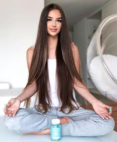 Keep calm and eat your vitamins SugarBearHair Black Women Hairstyles, Straight Hairstyles, Cool Hairstyles, Beautiful Long Hair, Gorgeous Hair, Silky Smooth Hair, Long Brown Hair, Hair Vitamins, Brown Hair With Highlights