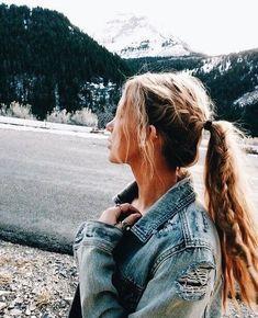 Summer Braids :: Beach Hair :: Natural Waves :: Brunette + Blonde :: Boho Festival :: Messy Manes :: Long Locks :: See more DIY Simple + Easy Hairstyle Tutorials + Inspiration Bad Hair, Hair Day, Pretty Hairstyles, Braided Hairstyles, Teenage Hairstyles, Toddler Hairstyles, Wedding Hairstyles, Beach Hairstyles, Men's Hairstyle