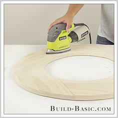 Instructions for DIY Round Mirror Frame by Build Basic - Step 20 can be used to create a round top for Round Kitchen Island Oval Mirror, Diy Mirror, Round Mirrors, Oval Picture Frames, Oval Frame, Diy Vegetable Storage Bin, Round Kitchen Island, Pallet Creations, Diy Garage