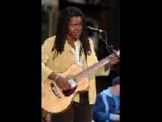 Aint no sunshine - Tracy Chapman & Buddy Guy - YouTube  Two artists I love singing an amazing song!