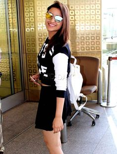 Parineeti Chopra at Mumbai airport. #Bollywood #Fashion #Style #Beauty #Hot #Sexy