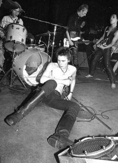 Sid Vicious - Max's Kansas City #maxs #beatriceinn #MaxMeetB #70s #newwave #punk #ny #rock