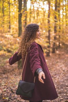 Autumnal outfit and a walk in the colorful forest