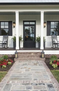 Farmhouse Exterior Design Ideas - Farmhouse design can go far beyond your farmhouse decor. Allow this collection of jaw dropping farmhouse exteriors motivate your new construct or ... #farmhouseexterior #farmhouseideas #urbanfarmhouseexterior