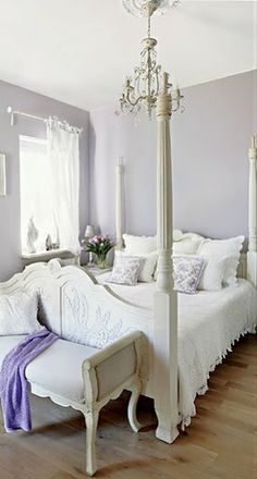This wall color! plus the white bedding!