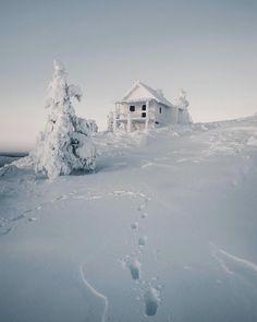 "296.2 mil curtidas, 1,849 comentários - BEAUTIFUL DESTINATIONS (@beautifuldestinations) no Instagram: ""A magical winter wonderland ❄️ (📷: @kpunkka)"""