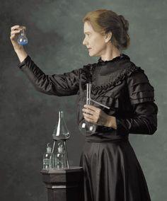Marie Curie, primera mujer en conseguir un premio Nobel. En realidad consiguió dos, en dos campos diferentes: en Física (1903) y en Química (1911).