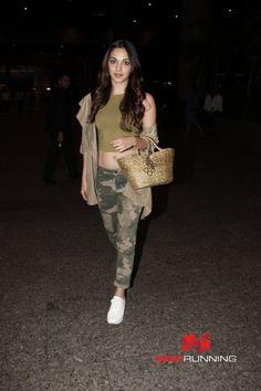 Kiara Advani snapped at Mumbai's T2 airport