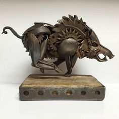 Metal Sculpture By Matt Wilson. Matt Wilson is one of the artists who recently used one of the most interesting art methods. As a metal sculpture artist. Metal Tree Wall Art, Scrap Metal Art, Metal Artwork, Metal Welding, Welding Art, Arc Welding, Metal Sculpture Artists, Lion Sculpture, Sculpture Ideas