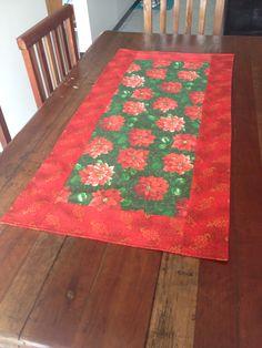 Caminho de mesa para o Natal! Tecidos e costura na máquina