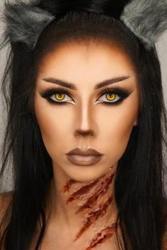 Halloween Makeup Ideas 2018: 33 Halloween Makeup Looks | LadyLife