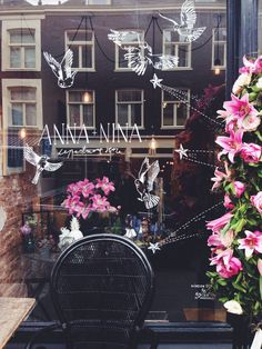 New window drawing at Anna+Nina