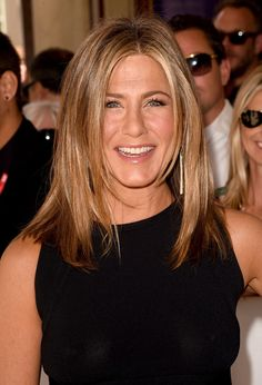 Jennifer Aniston's Face-Framing Layers - The Best Celebrity Haircuts That Will Make You Look Younger - Photos