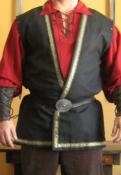 Medieval Celtic Lord King Sleeveless Coat Vest Jacket Deluxe