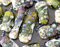 Created by Sarah Hornik Just love her beads!