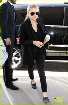 Mary-Kate & Ashley Olsen: Separate LAX Departures! | mary kate ashley olsen separate lax departures 05 - Photo