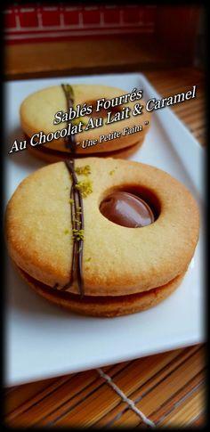 Sablés Fourrés Au Chocolat Au Lait & Caramel | Une Petite Faim