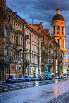 Beautiful St. Petersburg http://www.travelandtransitions.com/destinations/destination-advice/