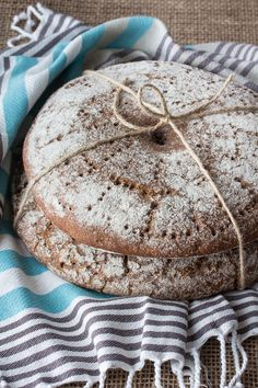 Hapanleipä – Finnish Sour Rye Bread take three days and 3 packets yeast Rye Bread Ingredients, Finnish Cuisine, Finland Food, Finnish Recipes, Finnish Rye Bread Recipe, Yeast Bread Recipes, Sourdough Recipes, Rye Flour, Scandinavian Food