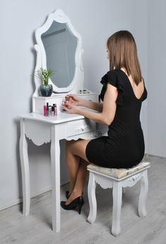 SEA404 - Măsuță de toaletă cu taburet - http://www.emobili.ro/cumpara/sea404-set-masa-alba-toaleta-cosmetica-machiaj-oglinda-masuta-makeup-1013 #eMobili